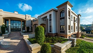 OfficeToLet-Bryanston-PeterPlace.jpg