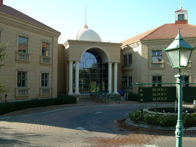 OfficeToLet-Bryanston-StAndrewsComplex3.jpg
