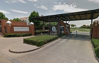 OfficeToLet-Fourways-FourwaysGolfPark3.jpg
