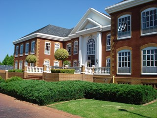 OfficeToLet-Bryanston-HamptonOfficePark2.jpg