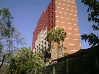 OfficeToLet-Pretoria-BathoPeleHouse1.jpg