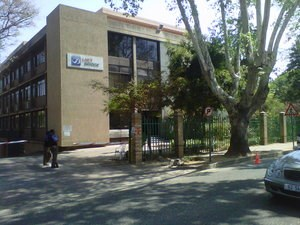 OfficeToLet-Rosebank-7SturdeeAvenue1.jpg